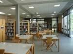 В библиотеката на малък френски град